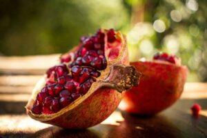 Гранат рубиново-красный Уличный (высокоурожайный)